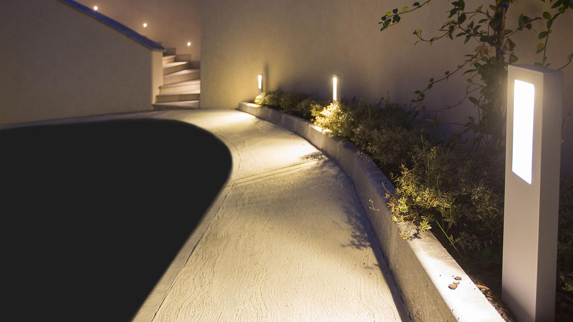 Zaneen lighting supplier of Slim from Platek