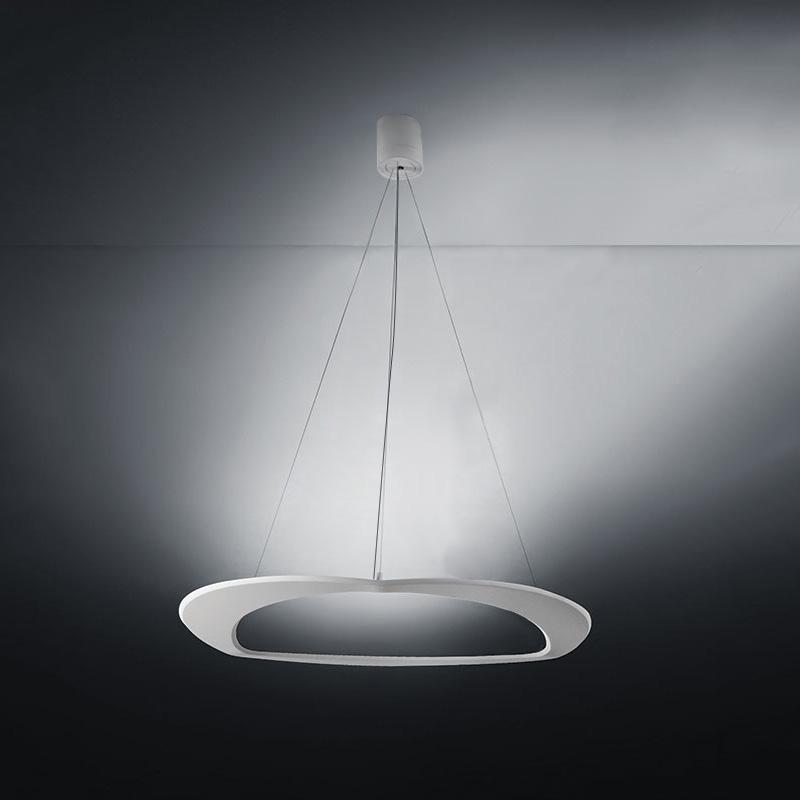 Diadema by Icone – 19 11/16″ x 78 3/4″ Suspension, Pendant offers quality European interior lighting design | Zaneen Design