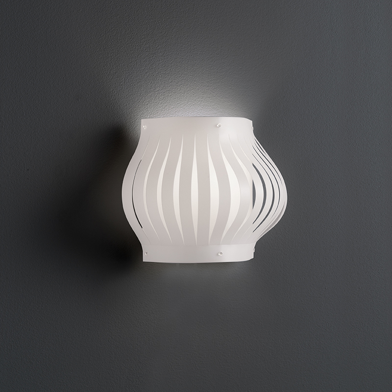 Helios by Linea Zero – 13″ x 9 13/16″ Surface, Ambient offers quality European interior lighting design | Zaneen Design