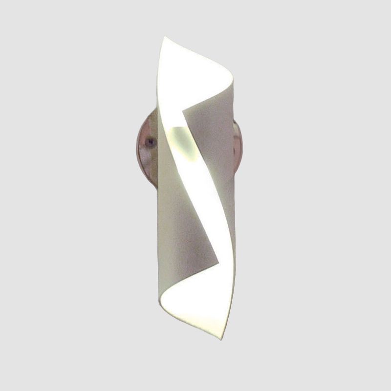 HUE by Knikerboker – 1 3/8″ x 6 5/16″ Surface, Ambient offers quality European interior lighting design   Zaneen Design