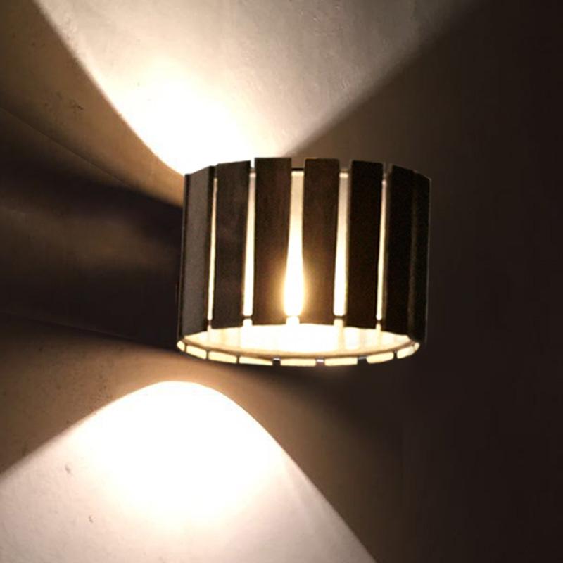 Luz Oculta by Fambuena – 5 1/2″ x 3  9/16″ Surface, Ambient offers quality European interior lighting design | Zaneen Design