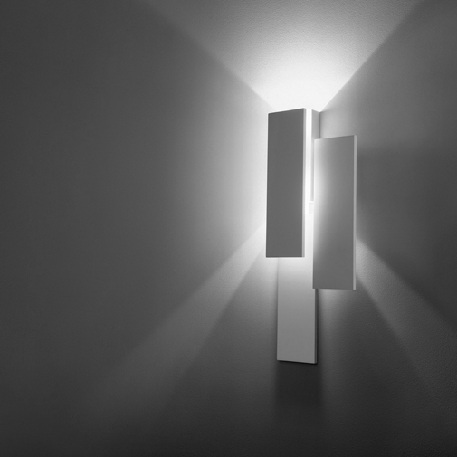 Klang Suono by Cini&Nils - Modern indoor wall sconces with indirect light distribution