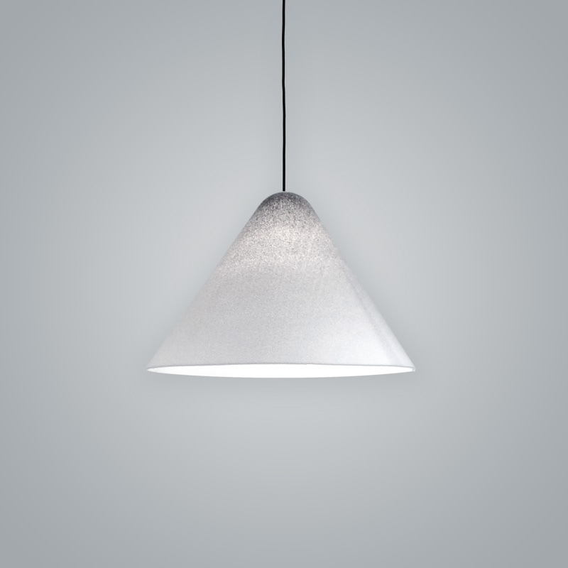 Konica by Fambuena - Pendant lamp made from Metal and Methacrylate in a translucent finish