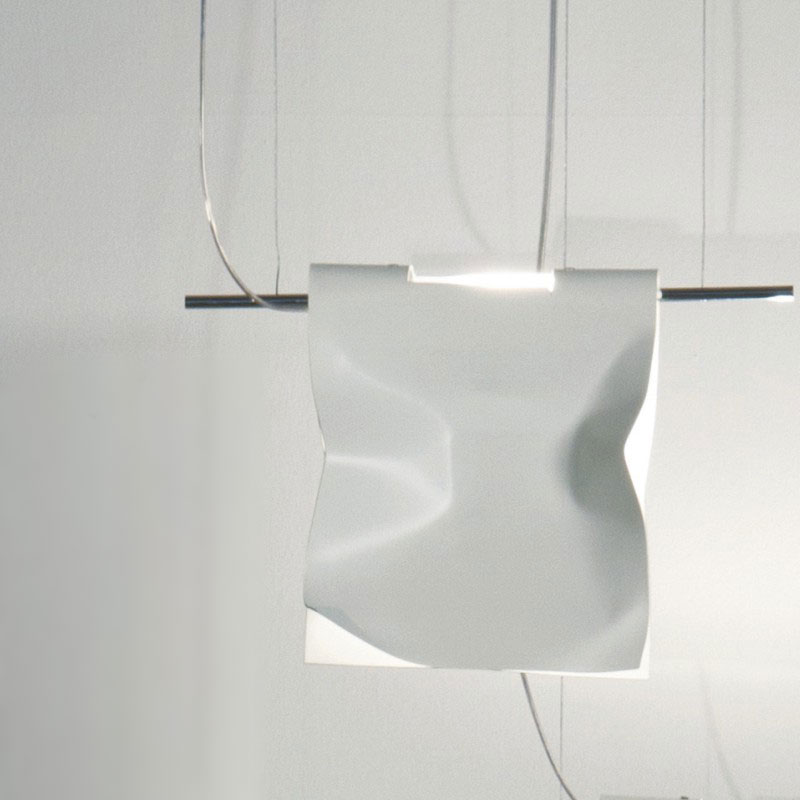 Stendimi by Knikerboker - Design hanging lamp made from sheet of aluminum